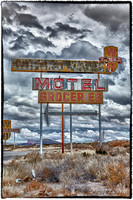 WB Motel & Groceries